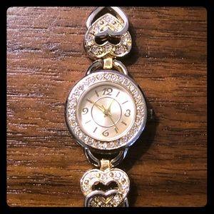 Accessories - Vintage diamond ❤️ bracelet watch
